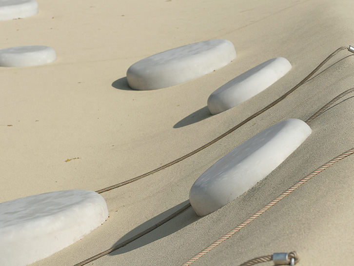 Bubble - seat and design-element made of concrete.