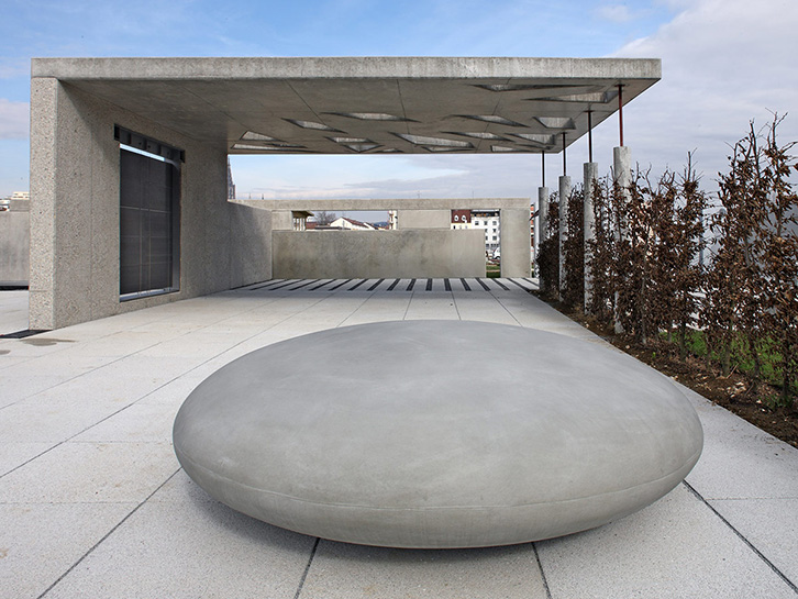 Stone Concrete - seating elements foundling
